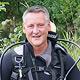 Bei einem Tauchgang in der Pegnitz nimmt OB Dr. Thomas Jung die heimische Unterwasserwelt unter die Lupe.