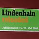 Mit einer echten Zeitreise durch ein halbes Jahr- hundert Jugendkultur in Fürth wurde der 50. Geburts- tag des Lindenhains lang gebührend gefeiert.