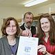 """Zum zweiten Mal hintereinander hat die Vobü das Gütesiegel """"Bibliotheken – Partner der Schulen 2009"""" erhalten."""