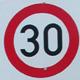 In der Südstadt wurde flächendeckend eine Tempo-30-Zone für mehr Verkehrssicherheit und höhere Wohnqualität eingerichtet.