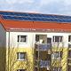 Die Heizkosten-Explosion lässt den Solarmarkt boomen und immer mehr Hausbesitzer nutzen die Sonnenenergie.