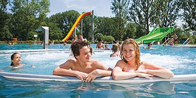 Im Fürther Erlebnis- und Thermalbad mitten in der Stadt steht Genießen, Entspannen und Wohlfühlen an erster Stelle.