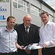 Das Familienunternehmen Mekra Lang investiert trotz der Wirtschaftskrise in einen modernen Neubau für Verwaltung und Produktion in Stadeln.