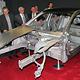 Audi und die Neue Materialien Fürth GmbH zeigen eine aus unterschiedlichen Materialien hergestellte A8-Karosserie.