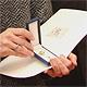 Brigitte Gulden erhielt das Ehrenzeichen des Bayerischen Ministerpräsidenten für ihr ehrenamtliches Engagement.