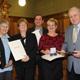 Mit der Kommunalen Verdienstmedaille in Bronze, die der Freistaat Bayern vergibt, wurden sechs verdiente Stadträtinnen und Stadträte geehrt.