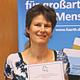 Seit Sommer 2015 vergibt die Stadt die bayerische Ehrenamtskarte als Zeichen der Anerkennung für langjähriges Engagement für das Gemeinwohl.