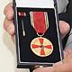 Horst Eckardt (AWO Fürth) ist mit der Verdienst- medaille des Verdienstordens der Bundesrepublik Deutschland ausgezeichnet worden.