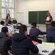 Sieben Berufsschulklassen für junge Flüchtlinge und Asylbewerber gibt es derzeit an der Einrichtung in der Fichtenstraße. Deutsch zu lernen hat oberste Priorität.