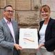 """Für die erfolgreiche Arbeit in den vergangenen Jahren ist die Volkshochschule mit dem EFQM-Zertifikat """"Vier Sterne"""" ausgezeichnet worden."""