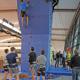 87 Quadratmeter Fläche, 6,75 Meter hoch und aktuell mit 200 Griffen und Tritten versehen: Im Julius-Hirsch-Sportzentrum kann jetzt geklettert werden.
