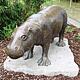 Die restaurierte Bronzeskulptur, die an das 1990 republikweit berühmt gewordene Zwergflusspferd Elsbeth erinnert, ist wieder da.