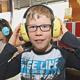 Wenn's zu laut  wird, können Kinder der Stadelner Grundschule mithilfe von bunten Kopfhörern störende Geräusche ausblenden.
