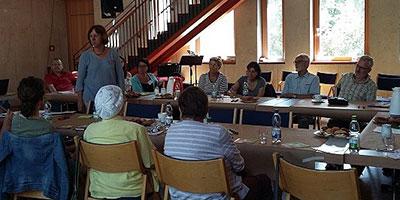 In vier Bürgergesprächen brachten Bürgerinnen und Bürger Erfahrungen, Bedürfnisse und Vorschläge ein, um den Blick auf die Stadträume zu schärfen und lokale Bedürfnisse aufzudecken. Zusätzlich wurden durch eine Bürgerbefragung die Lebensbedingungen älterer Menschen erfragt.