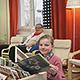 Skandinavisches Flair: Ganz neu gestaltet präsentiert sich  der Raum für die jüngsten Besucher in der Volksbücherei und bekommt viel Lob.