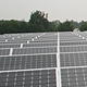 Immer mehr Unternehmen nutzen ihre Dächer, um Sonnenenergie zu gewinnen. Das Fürther Autohaus Graf hat eine moderne Photovoltaikanlage installiert.