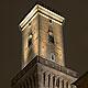 Gestern hat OB Thomas Jung ein neues Beleuchtungssystem für den Platz am Rathaus zum ersten Mal eingeschaltet.