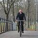 Die Stadt hat ein Deckensanierungsprogramm aufgelegt, um bis 2020 Holperpisten wieder in fahrradfreundliche Wege zu verwandeln.