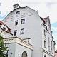 Die infra erhält vom Bezirk Mittelfranken für die gelungene Sanierung der Jugendstilvilla an der Leyher Straße einen Zuschuss von 15 000 Euro.