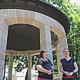 Der historische Musikpavillon in der Adenaueranlage wurde gründlich saniert und verleiht so der beliebten Grünanlage im Herzen Fürths ganz neuen Glanz.