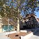 Feierlich hat Oberbürgermeister Jung den Jean-Mandel-Platz am Jüdischen Museum eingeweiht. Für 660 000 Euro hat die Stadt den Platz aufgewertet.