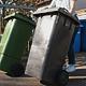 Ab Montag, 2. August  werden die Rest- und Bioabfalltonnen wieder vom Personal der Müllabfuhr aus den Grundstücken geholt und zurückgestellt.