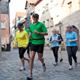 Lust auf einen Spaziergang durch Fürth? Die Südstadt, das Schloss Burgfarrnbach und die Joggingtour quer durch die Stadt und die Wiesenauen sind Angebote für historisch Interessierte.
