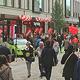 Nach Renovierungen und Neueröffnungen von Geschäften bieten sich in der Innenstadt wieder zahlreiche Gelegenheiten zum Shoppen.